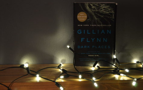 "Book Corner: Gillian Flynn Takes Readers  to Some ""Dark Places"""